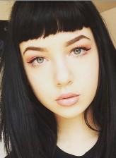 Anna Lou Castoldi profil resmi