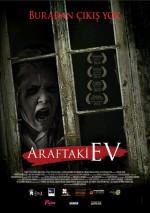 Araftaki Ev (2013) afişi
