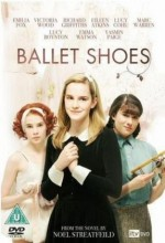 Ballet Shoes (2007) afişi
