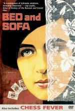 Bed And Sofa (1927) afişi