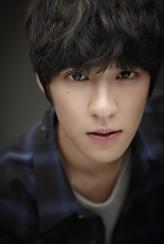 Baek Seung-Heon Oyuncuları
