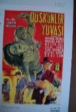 Düşkünler Yuvası (1957) afişi