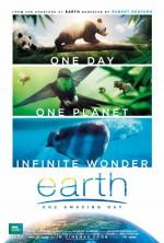 Earth: One Amazing Day (2017) afişi
