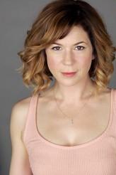 Emily Maya Mills Oyuncuları