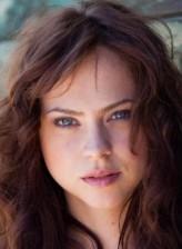 Fiona Dourif profil resmi