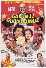 Gülünüz Güldürünüz (1977) afişi