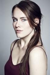 Gillian   Harker
