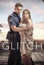 Glitch (2015) afişi