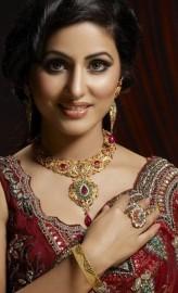 Hina Khan Oyuncuları