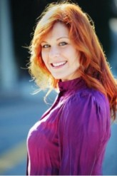 Jenica Bergere profil resmi