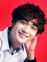 Jo Yoon-woo