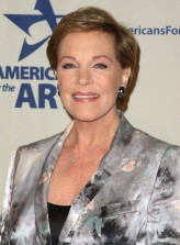 Julie Andrews profil resmi