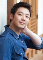 Kim Dong-Wook