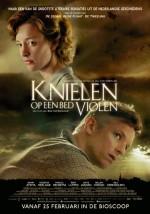 Knielen Op Een Bed Violen (2016) afişi
