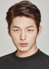 Lee Jung-Sik Oyuncuları
