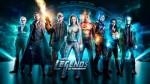 Legends of Tomorrow Sezon 3 (2017) afişi