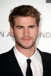 Liam Hemsworth profil resmi