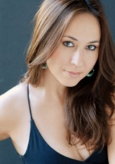 Lora Martinez-Cunningham Oyuncuları