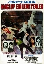 Mağlup Edilemeyenler (1976) afişi