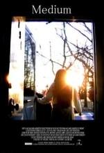 Medyum (2007) afişi