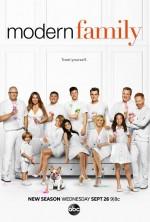Modern Family Sezon 11 (2019) afişi