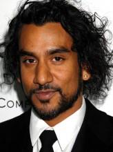 Naveen Andrews profil resmi