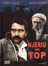 Njeriu me top (1977) afişi