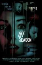 Off Season (2012) afişi