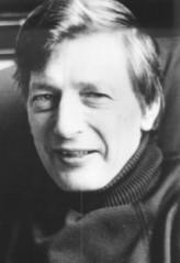 Peter Dickinson profil resmi