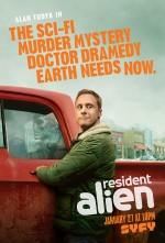 Resident Alien (2021) afişi
