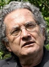 Ricardo Piglia profil resmi