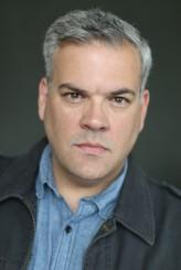 Robert Larriviere profil resmi