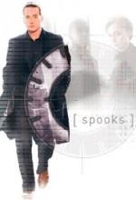 Spooks (2010) afişi