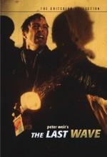 The Last Wave (1977) afişi