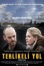 Tehlikeli Yol (2010) afişi