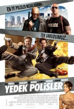 Yedek Polisler (2010) afişi