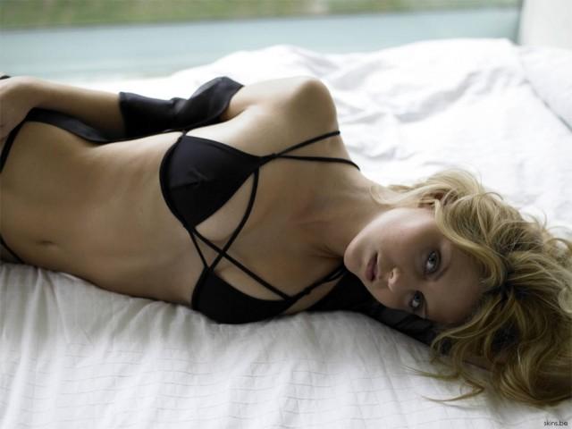 Nikki Griffin Resimleri 13