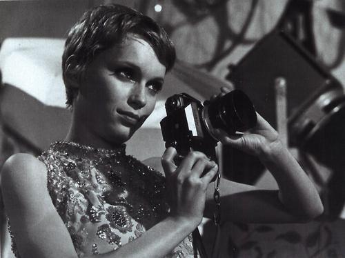 Mia Farrow Resimleri 5