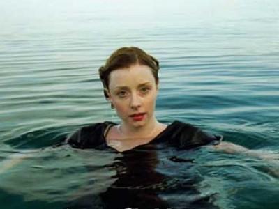 Fiona Glascott Resimleri 3