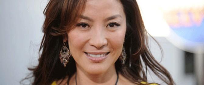 Bond kızı Michelle Yeoh sınırdışı