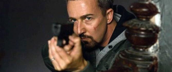 Bourne serisi yeni kötü adamını buldu mu?