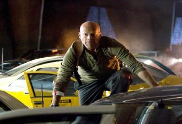 John McClane Ölmek Bilmiyor!