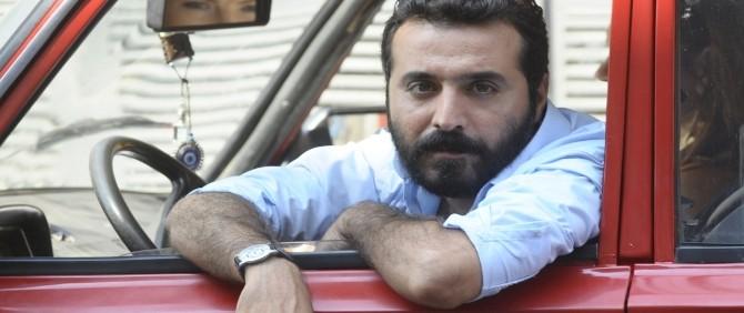 Mustafa Üstündağ Son Bekarlık Günlerini Film Setinde Geçiriyor!