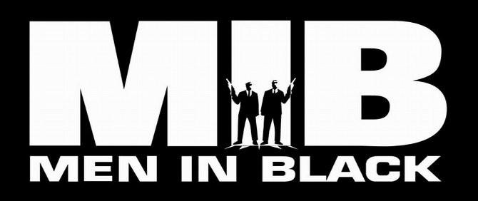 Siyah Giyen Adamlar Geri Dönüyor