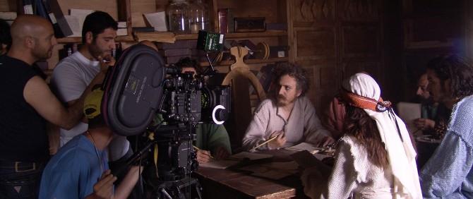 Yüksel Aksu'nun Beklenen Filmi Entelköy - Tepeköy'ün Çekimleri Başlıyor
