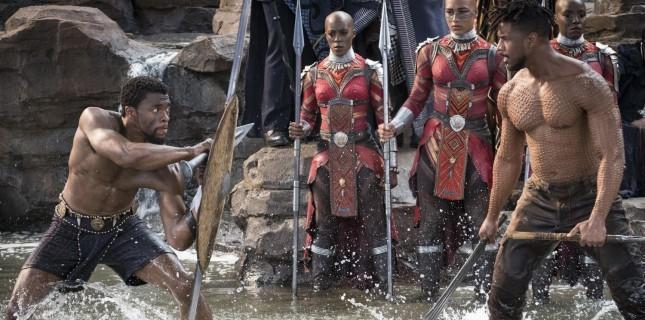 Black Panther 4 günde 400 milyon dolar hasılatı aştı