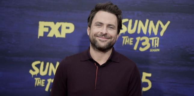 Charlie Day 'El Tonto' ile İlk Kez Yönetmen Koltuğuna Oturacak