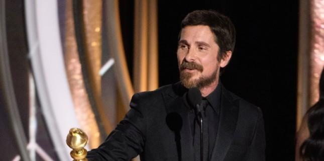 Christian Bale Altın Küre Ödül Töreni'nde Şeytana Teşekkür Etti!