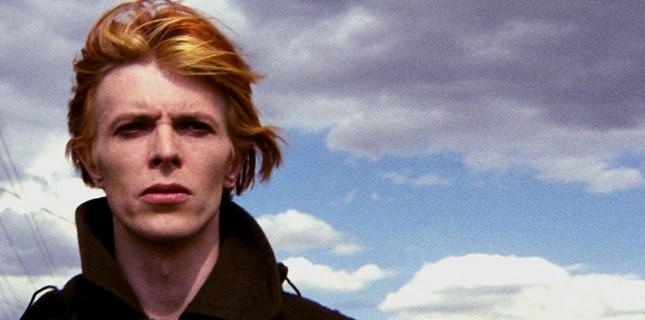 David Bowie'nin The Man Who Fell To Earth Filmi Dizi Oluyor