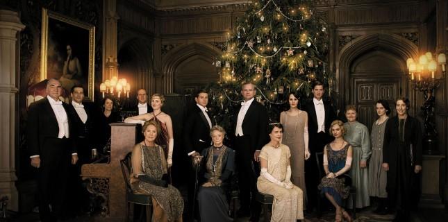 Downton Abbey'in Şık Karakter Portreleri Yayınlandı
